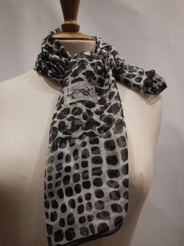 Yves Saint Laurent scarf Vintage  black/ white