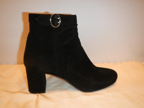 Bottines Prada daim noir T.40.5