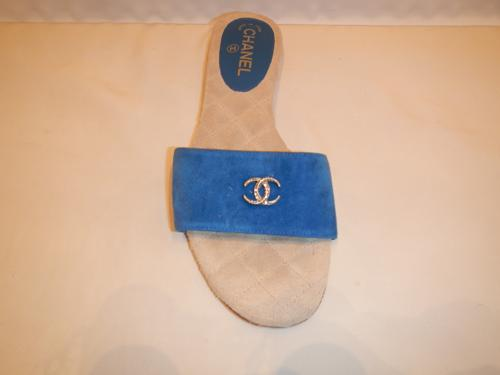Shoes Chanel blue suede T.40.5