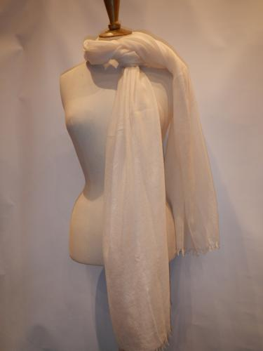 Malo cashmere scarf ivory color